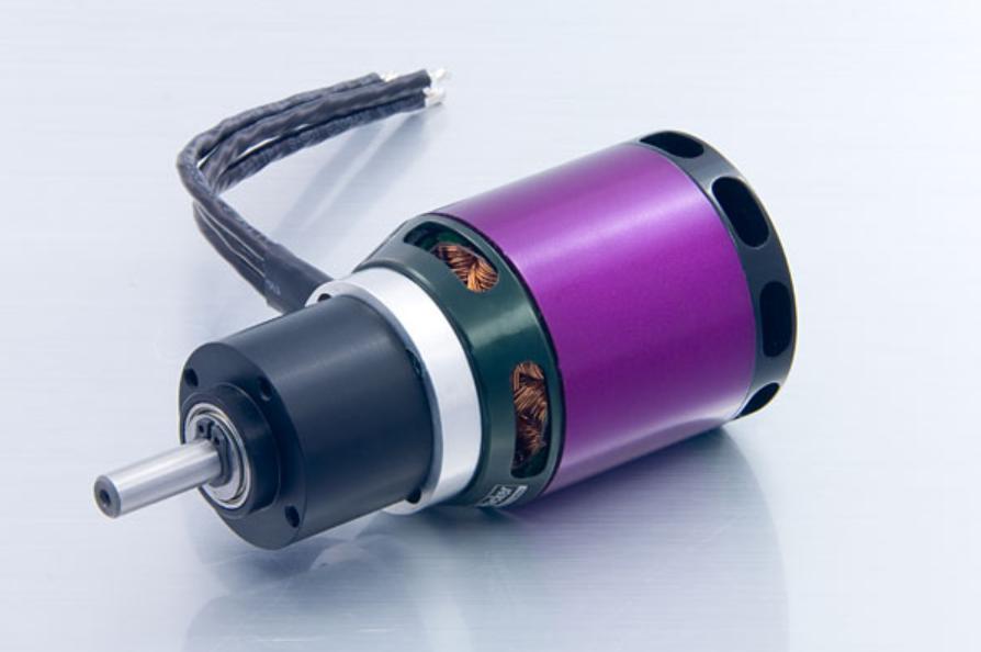 A40-10L V2 8-Pole kv1100 + 6.7:1 PG